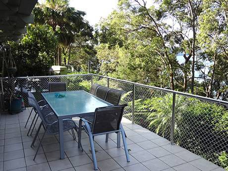 Rigid knotted netting used as balcony netting to provide a safe barrier for your children.